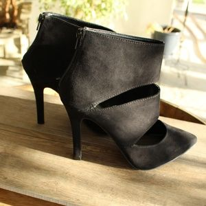 Sexy Beautiful Black Suede Peek a Boo Heels